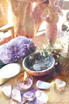 Abundance Stones for Your Altar
