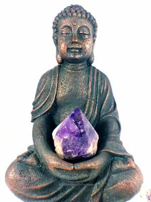 Crystal Chi: Stones to Strengthen Your Aura
