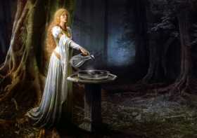 When In Lothlorien: The Art of Scrying
