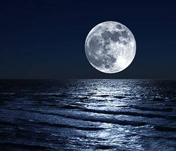 b2ap3_thumbnail_Moon-over-sea.jpg