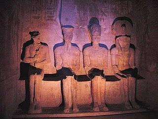 b2ap3_thumbnail_abu-simbel-Ptah-Amun-Ramesses-and-Re-Horakhty-Osiris-Egyptian-Gods.jpg