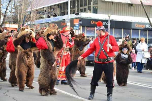 Teaching Folk Dance at the Moot part 3
