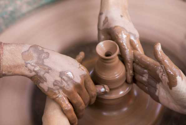 """Hands of Great Skill: A few """"handy"""" Minoan deities"""