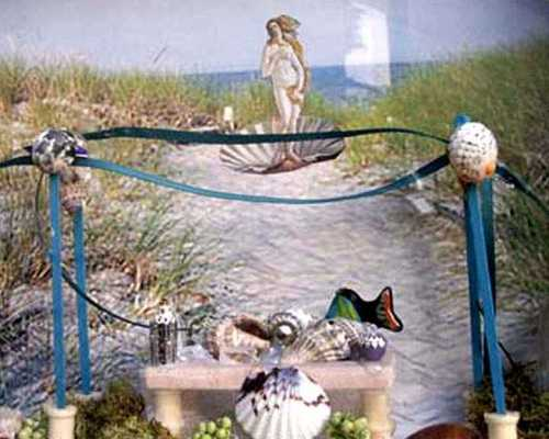 b2ap3_thumbnail_Summer-Solsitce-Shadow-Box-Altar.jpg