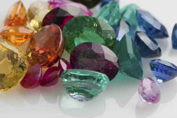 Crystal Jewelry That Helps and Heals