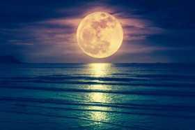 Indonesian Full Moon Ceremony